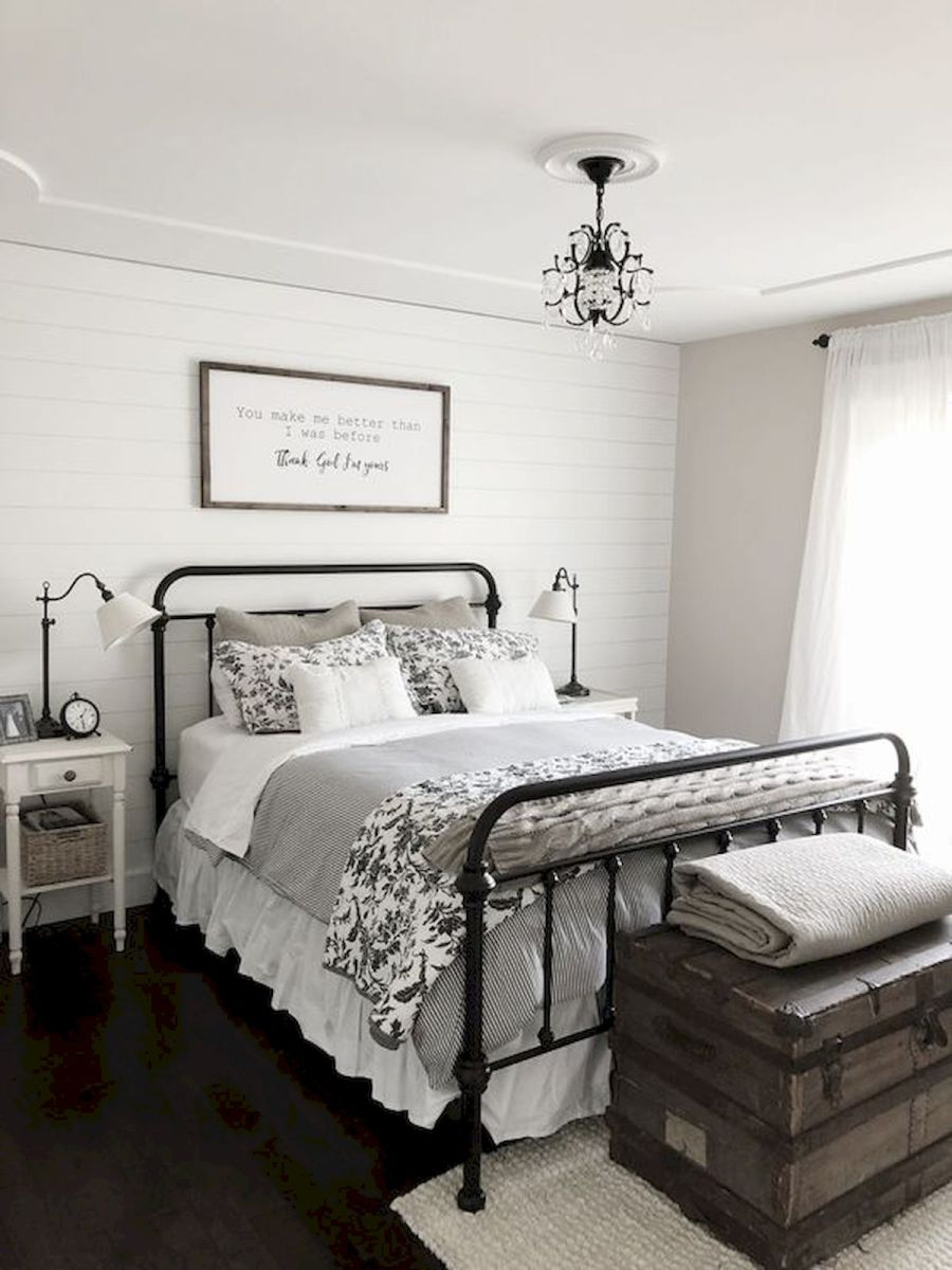 69 Best Farmhouse Bedding Decor Ideas And Remodel (48)