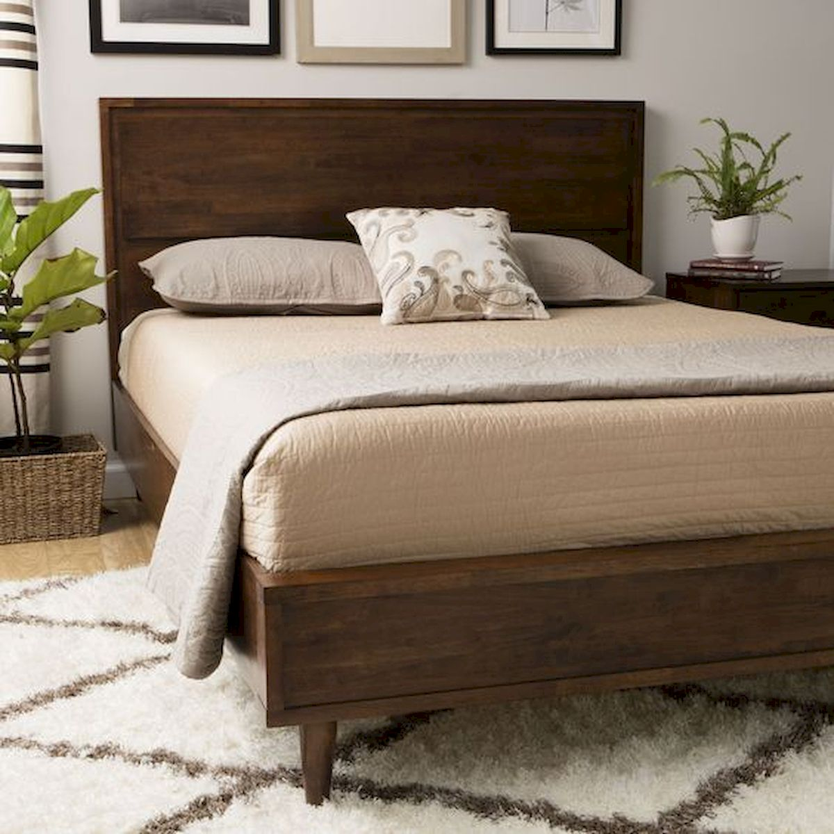 69 Best Farmhouse Bedding Decor Ideas And Remodel (61)