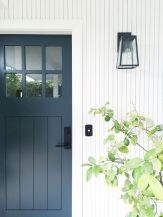 70 Beautiful Farmhouse Front Door Design Ideas And Decor (38)