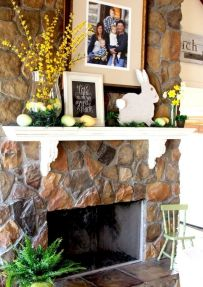37 Beautiful Easter Fireplace Mantle Ideas (6)