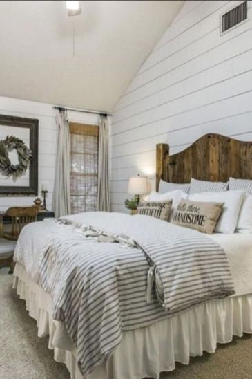 47 Most Popular Bedding for Farmhouse Bedroom Design Ideas and Decor (36)