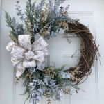 62 Best Spring Wreaths Front Door Ideas (56)