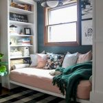 77 Inspiring Small Apartment Bedroom College Design Ideas and Decor (37)