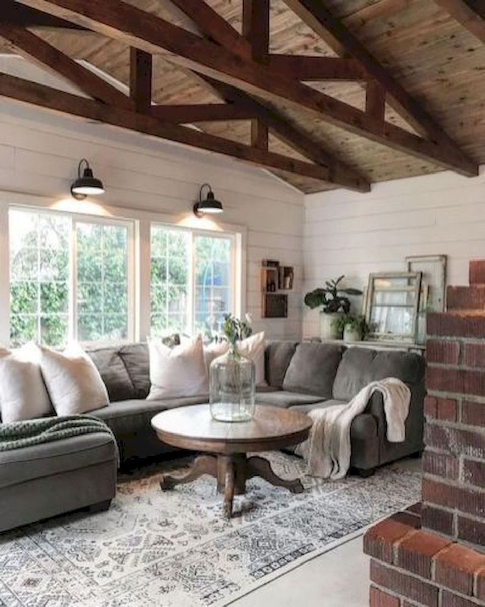 105 Best Farmhouse Living Room Decor Ideas (48)