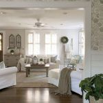 105 Best Farmhouse Living Room Decor Ideas (53)