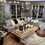 105 Best Farmhouse Living Room Decor Ideas (61)