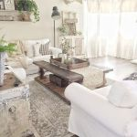 105 Best Farmhouse Living Room Decor Ideas (76)