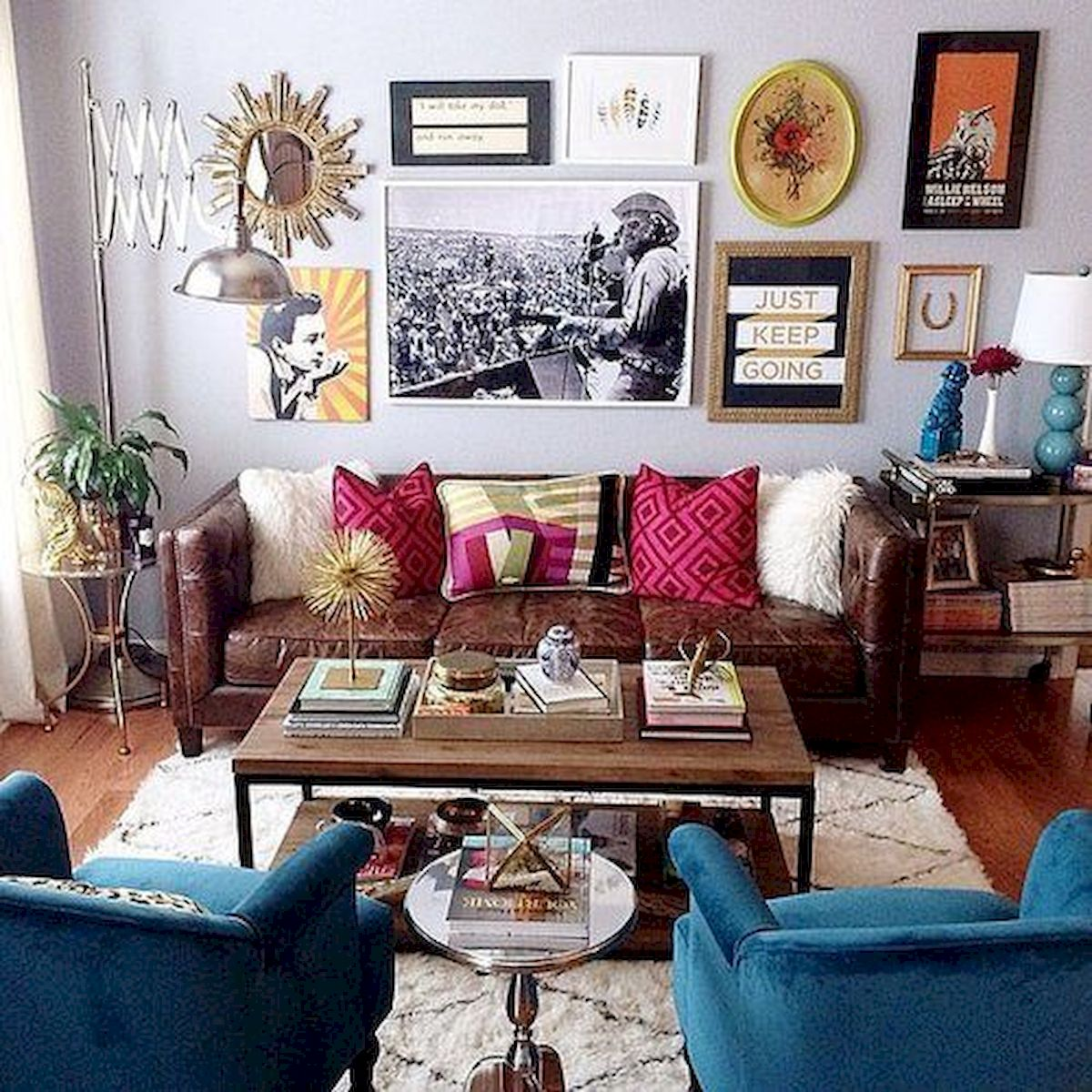 73 Eclectic Living Room Decor Ideas (54)
