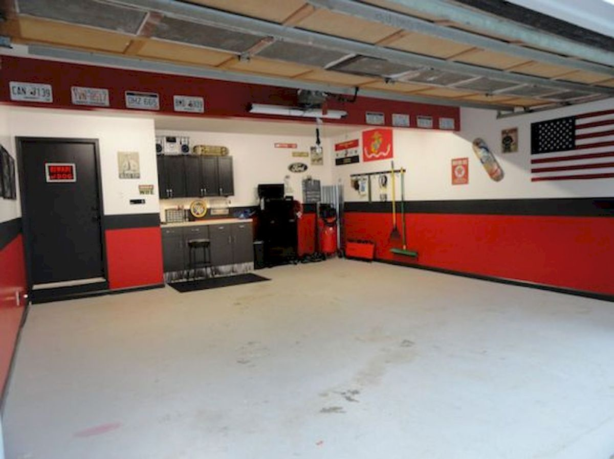 20 Best Garage Floor Ideas (2)