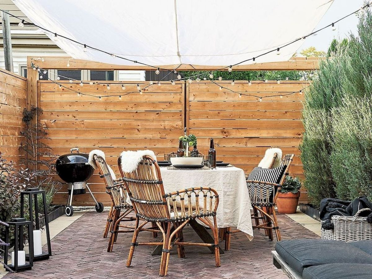 30 Best Small Backyard Patio Ideas (25)