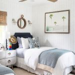 20 Awesome Beach House Bedroom Decor Ideas (12)