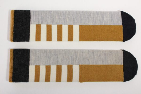 goomo.shop_ochre and natural superfine Australian Merino socks