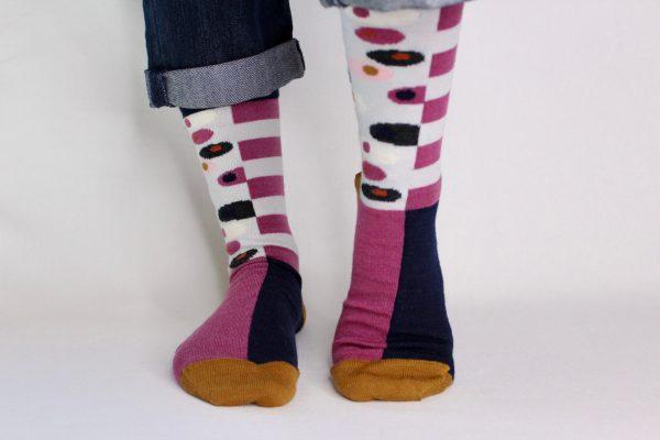goomo.shop_Egg cerise superfine Australian Merino socks