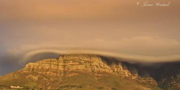 Amazing cloud over Table Mountain - James Gradwell Photography & Photo Tours