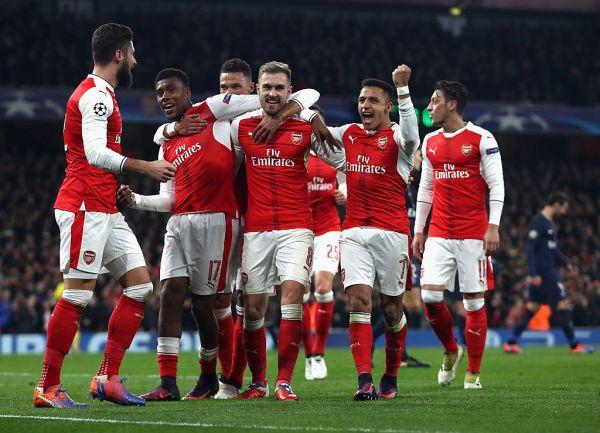 Arsenal FC v Paris Saint-Germain - UEFA Champions League