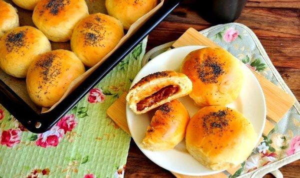 Простой Рецепт булочек со сгущёнкой варёной пошагово с фото