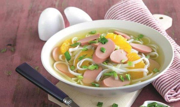 Простой Рецепт супа с сосисками, апельсинами и рисовой ...