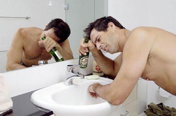 Почему очень плохо после алкоголя
