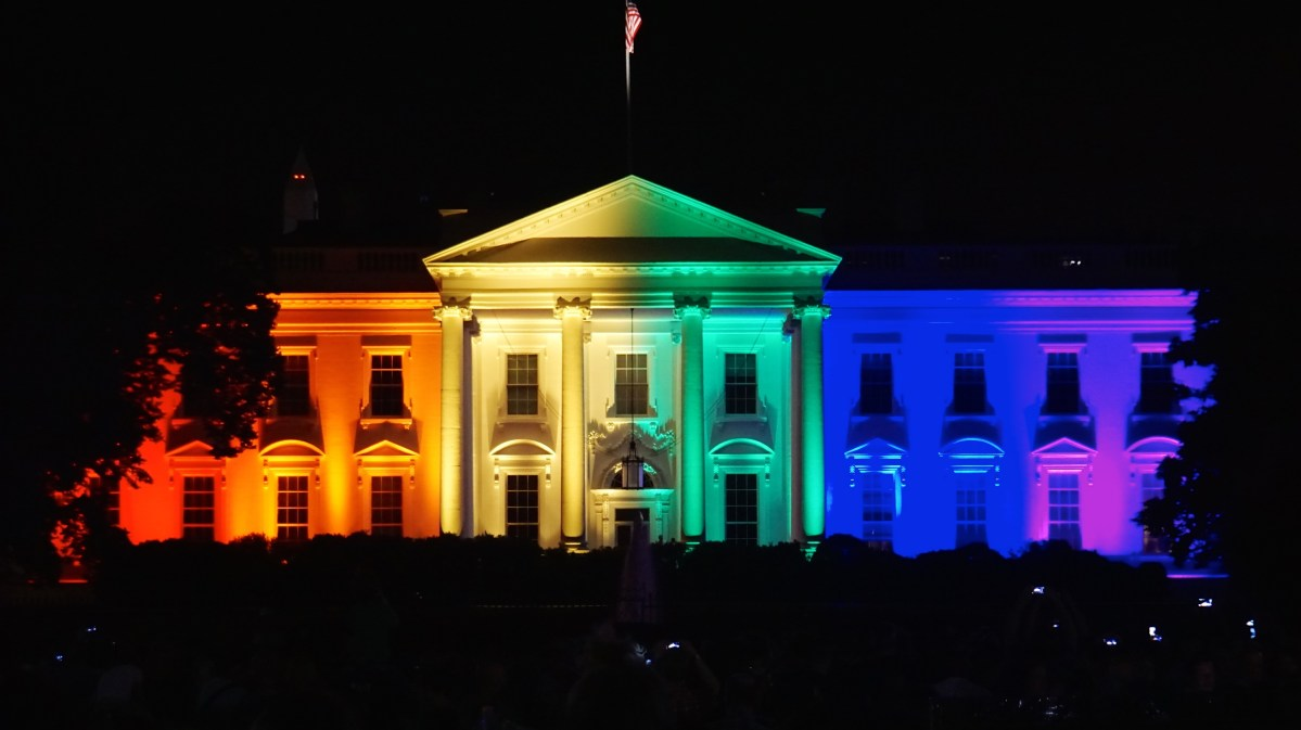 White House rainbow colors gay marriage