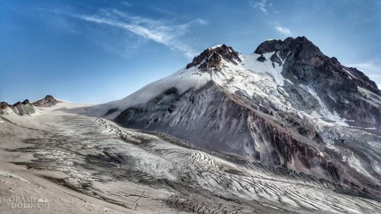 Kazbek i lodowiec Gergeti