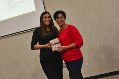 Ponente Anais Bracamonte y Patrocinante Gastronómico Mónica Ramos de @delicias_monik