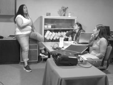 Aura Brito iniciando el Taller Community Management para todos