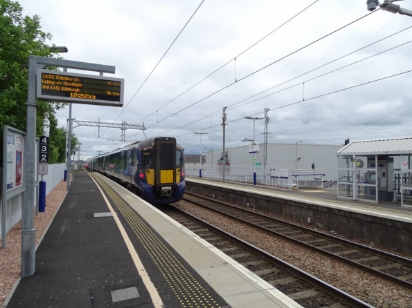 Camelon railway station