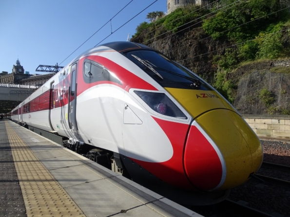 LNER Class 800 Azuma 800106 at Edinburgh Waverley
