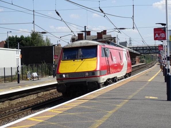 Farewell LNER 91108 at Grantham railway station