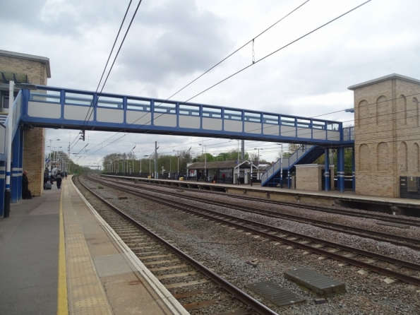 Huntingdon railway station