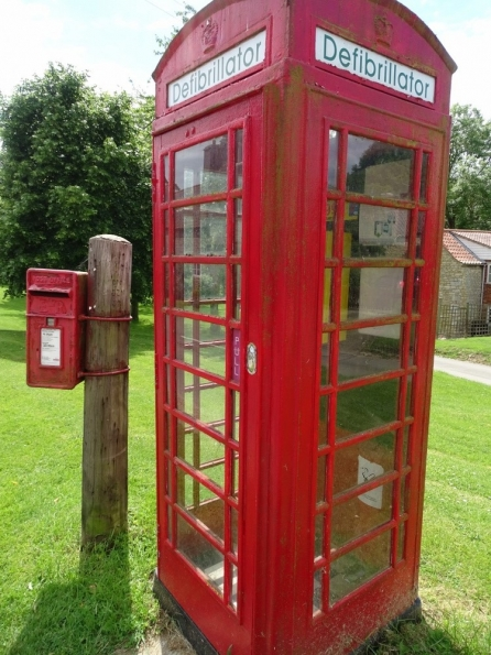 Red telephone box at Humby