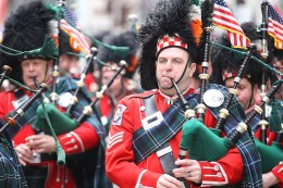 Members of FDNY Emerald Society make their way up Fifth Ave. during the St. Patrick's Day Parade, March 17, 2015, in New York. (Gordon Donovan/Yahoo News)