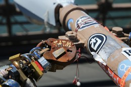 A variety of padlocks symbolizing love are attached to light posts on the Brooklyn Bridge on August 23, 2016. (Gordon Donovan/Yahoo News)