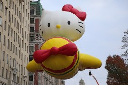 The Hello Kitty balloon floats in the 90th Macy's Thanksgiving Day Parade in New York, Thursday, Nov. 24, 2016. (Gordon Donovan/Yahoo News)