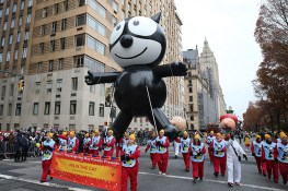 Felix the Cat balloon floats down Central Park West in the 90th Macy's Thanksgiving Day Parade in New York, Thursday, Nov. 24, 2016. (Gordon Donovan/Yahoo News)