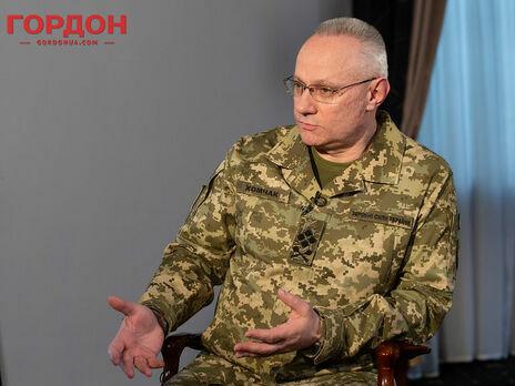 Хомчак зазначив, що під час наступу на Донбас є ризики загибелі великої кількості людей серед місцевого цивільного населення