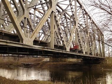 МВД: Железнодорожные пути взрывают террористы, чтобы ...