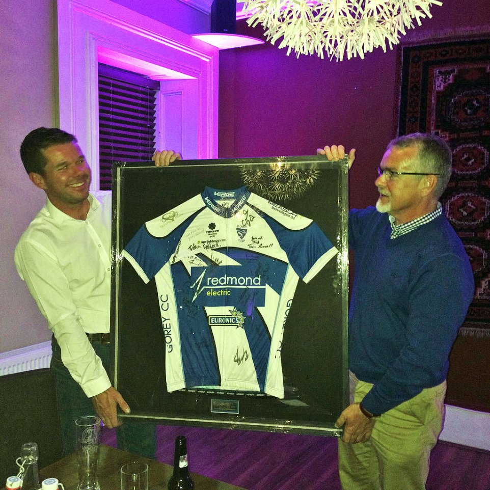 Club Chairman Gerry presenting Joe with signed club jersey