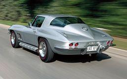 c12_0612_09z+1967_chevrolet_corvette_sting_ray+rear_side_view
