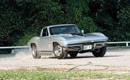 c12_0612_10z+1967_chevrolet_corvette_sting_ray+front_passenger_side_view