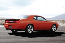 002 dodge-challenger-srt8-2008-29