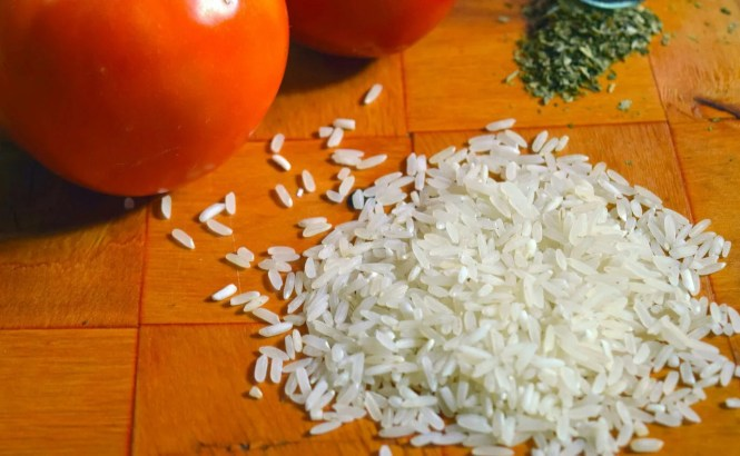 Refresh Your Skin With These Homemade Rice Face Packs