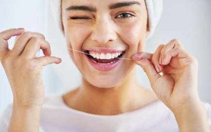 Flossing-techniques-and-advantages.jpg