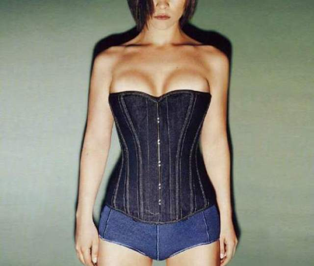Sexiest Pics Of Christina Ricci  Pictures Gorilla Feed