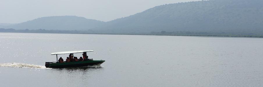 lake mburo motorized boat cruise