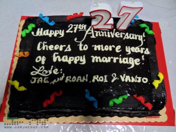 Wedding Anniversary Cake from Red Ribbon