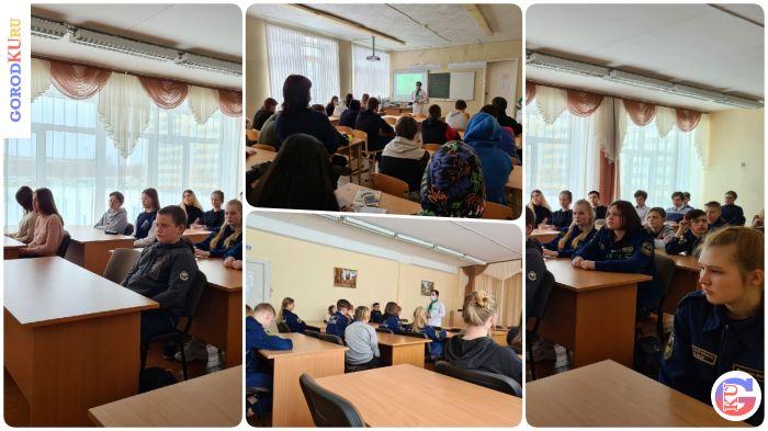 Волонтеры-медики проводят профилактические встречи среди молодежи Каменска-Уральского