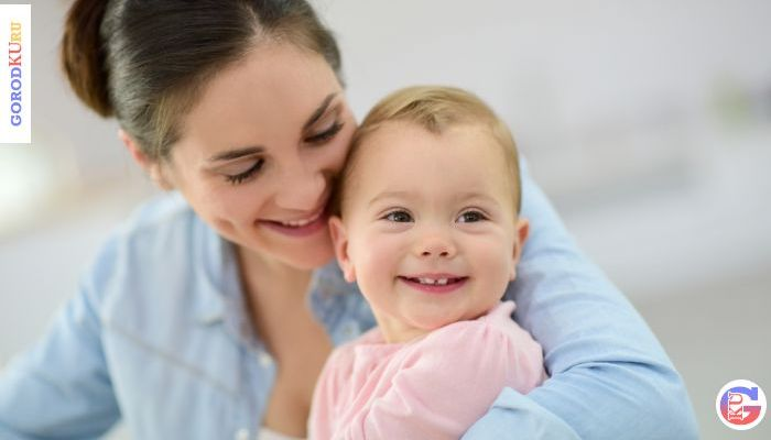 Ежемесячное пособие по уходу за ребёнком до достижения им полутора лет