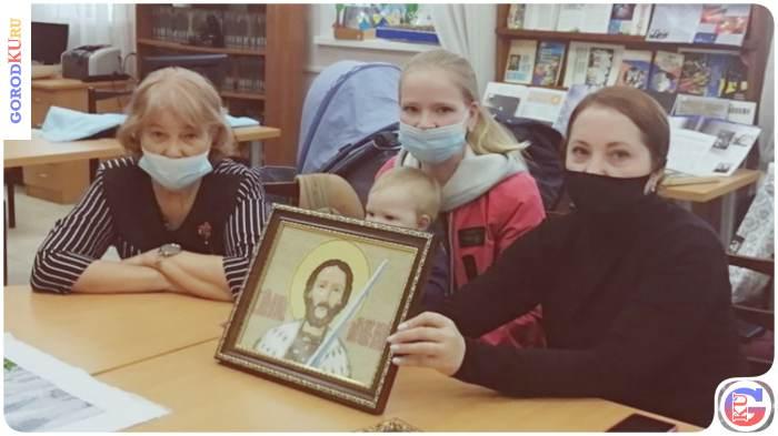 Выставка вышитых работ в Пушкинском читальном зале