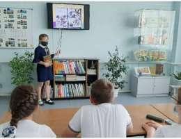 Школьники Каменска-Уральского представили авторские презентации по книгам разных жанров и направлений